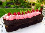 Strawberry Cake by samara-black