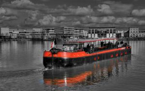 Peniche Bordeaux 2560 HDR BW by tezdesign