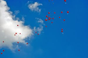 99 red balloons by SianaLee