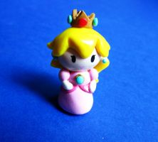 Princess Peach Chibi by mAd-ArIsToCrAt