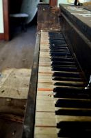 Piano by SeriLeigh
