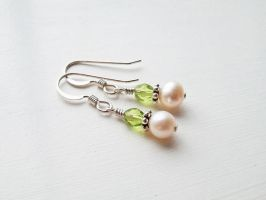 Olivine Czech Glass Earrings by QuintessentialArts