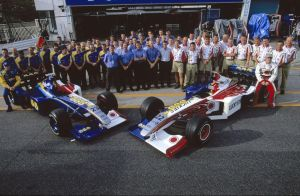 British American Racing Team Photo (1999) by F1-history