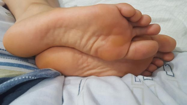 Pair of simple soles by lightxyz