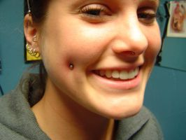 dimple piercing2 by MFCP