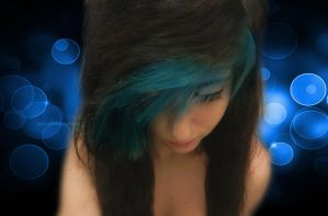 Black and Blue Hair by xxtriCeratopsxx