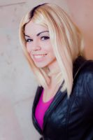 Rose  Tyler by Siatriaamadeus