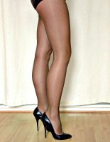 black pantyhose 2 by sieniu1