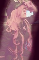 Love is War - Luka Megurine by Valyna