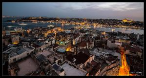 Istanbul Cityscape from Galata Tower by dynamick