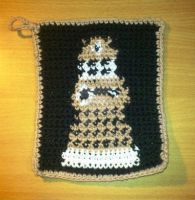 Dalek potholder by nenco