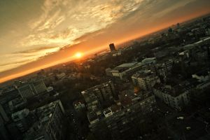 Sunset over Belgrade by urosh89