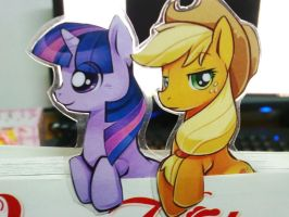 Applejack And Twilight by Ende26