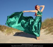 Green Silk 13 by faestock