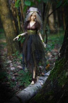 Forest Drudge by AyuAna