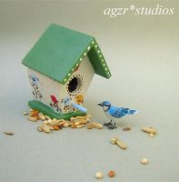 Handsculpted Blue Jay Bird dollhouse 1:12 scale by AGZR-STUDIOS