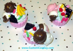 Triple scoop cupcake sundae by The-Cute-Storm