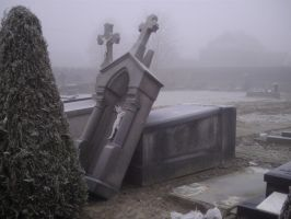 graveyard winter 6 by AzurylipfesStock