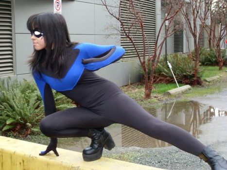 Nightwing Cosplay again by happysmily