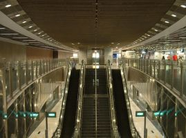 Singapore MRT by kybrdgal