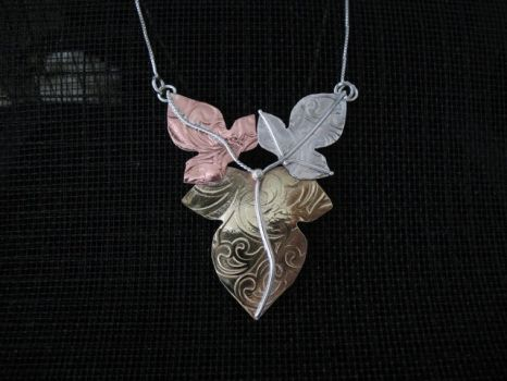 Leaves Pendant Tri Color by camias