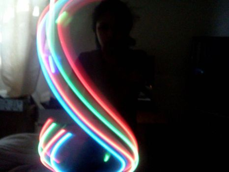 gloving (figure eight) by drexisxwierd