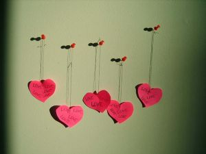Hanging Hearts by circle  of  fire - Ar�iviм*  S�rekli G�ncel ..