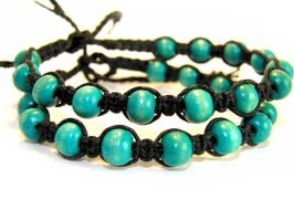 Set of two bracelets with wooden beads by EerinVink