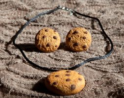 Chocolate Chip Cookie Necklace by SweetSugaRush
