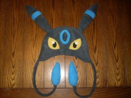 Shiny Umbreon Hat by ChristopherDurdle
