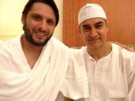 aamir khan and shahid afridi by 24xentertainment