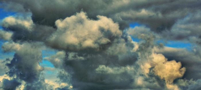 HDR Clouds by zarkia