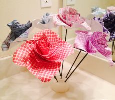 Origami Roses by KanraXiong