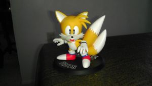 Tails F4F Figure by spaceman022