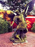 Angelic Statue by ChicaDelMar