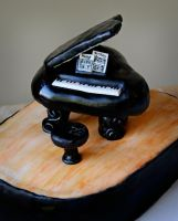 Grand Piano Cake by KayleyMackay