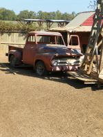 Old truck by robhas1left