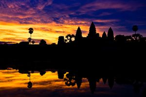 Angkor Wat in the morning by andyietok