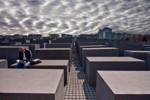 the sky over berlin by arbebuk