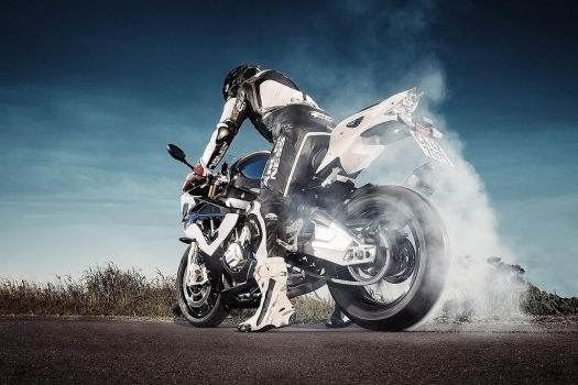Photoshoot with a Friend and his BMW 1000 RR by nazmoza