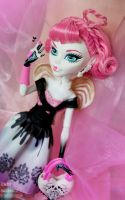 Ready for love? by AidaOtaku-Figures