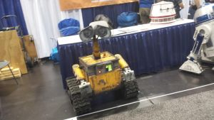 Wall-E by TheDoctorWriter