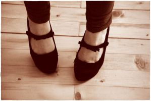 heels with bow... by wildtea