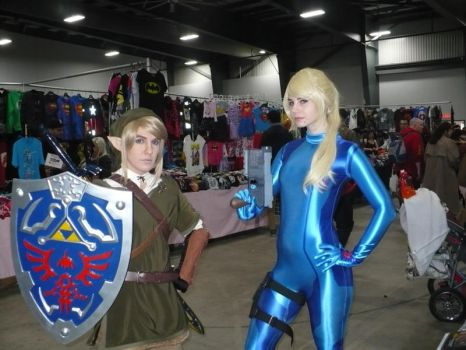Link and Zero Suit Samus by VickyJ