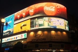 Piccadilly Circus by Ivyti