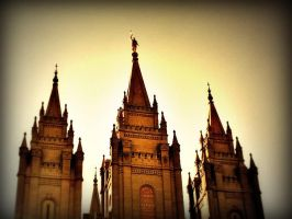 Salt Lake Temple at dusk by gw225