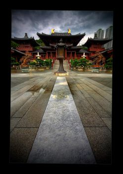 Buddhist Temple - Hong Kong by tyt2000