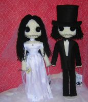 Creepy Dead Bride and Groom by Zosomoto