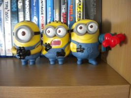 MINIONS ASSEMBLE by GothicKitta