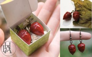 red acorn earrings by amberhlynn